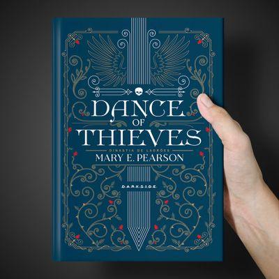8-dance-of-thieves-4.jpg
