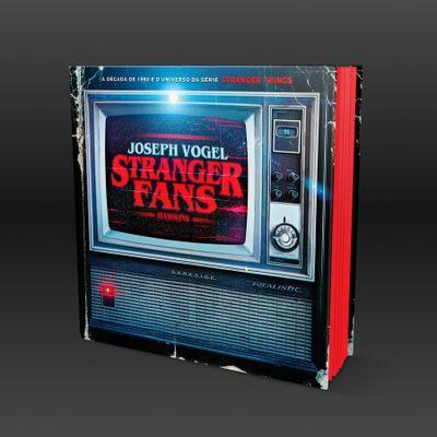 302-stranger-fans-6